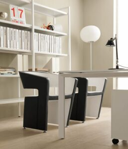 0019-4-Besucher-Sessel