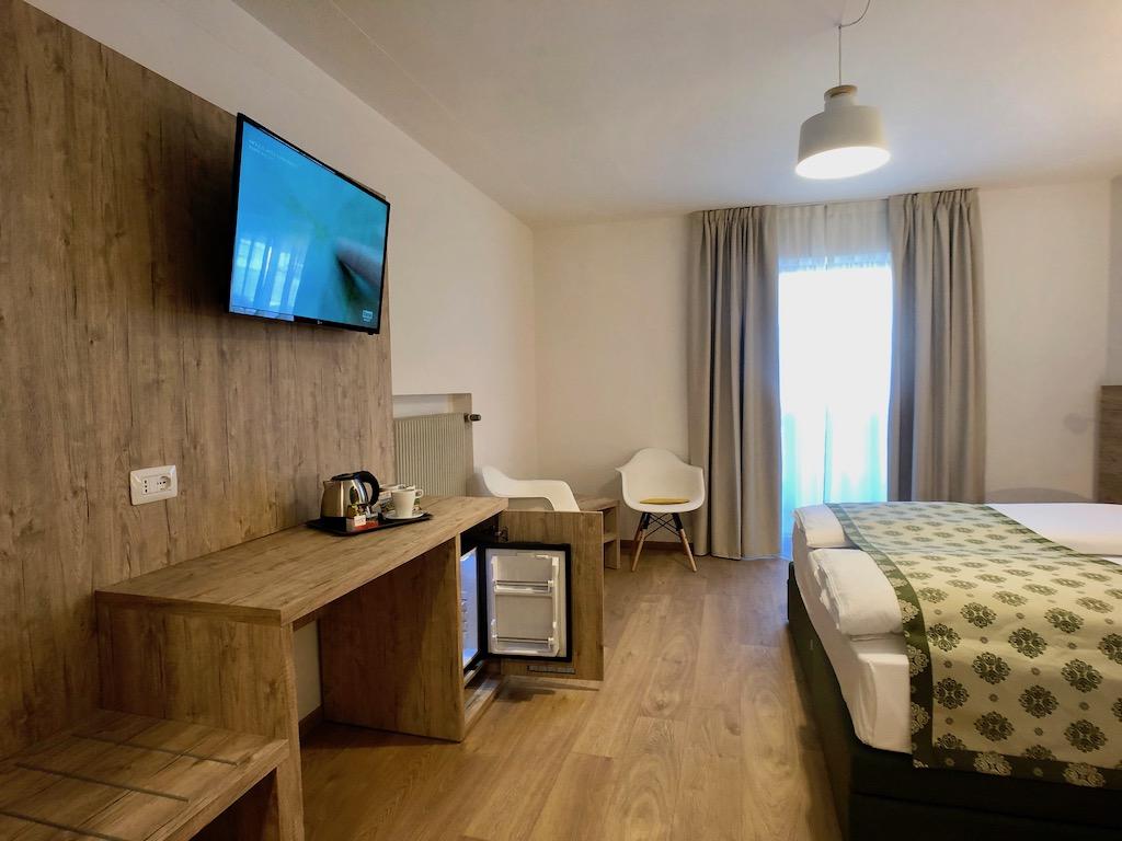 Hotelmöbel 1